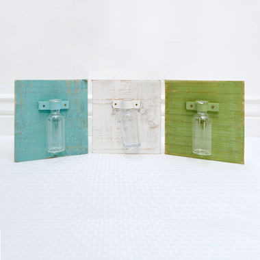 Click here to see Adams&Co 30094 5.75 x 6.25 x .5 Set of 3 Wooden Vase Holders - White/Green/Blue - 30094