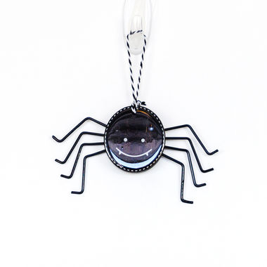 Click here to see Adams&Co 50270 50270 6x3x.5 wd tag (SPIDER) bk/wh
