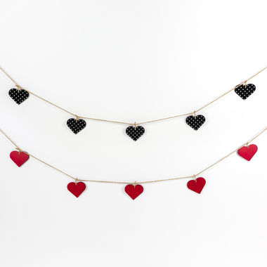 Click here to see Adams&Co 20047 20047 52x2.5x.5 rvs wd heart garland rd/bk/wh