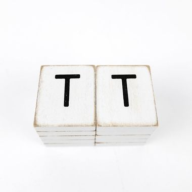 Click here to see Adams&Co 15513 15513 1.5x1.75x.25 wd letter tile s/10 (T) wh/bk