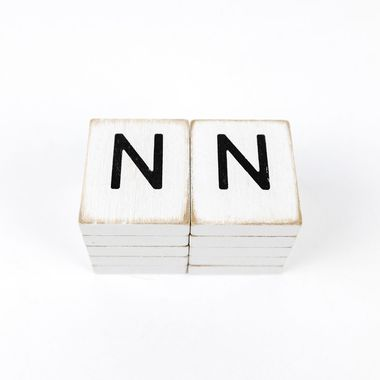 Click here to see Adams&Co 15507 15507 1.5x1.75x.25 wd letter tile s/10 (N) wh/bk