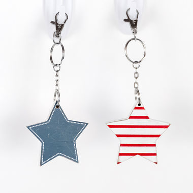 Click here to see Adams&Co 45104 45104 2.5x2.5x.25 rvs wd keychain (STAR) rd/wh/bl