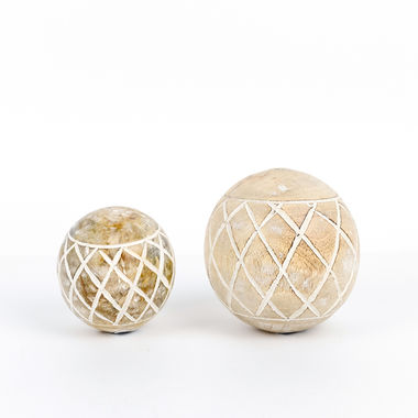 Click here to see Adams&Co 11265 11265 3x3x3 mngo wd ball (DMND PTRN) ntrl/wh